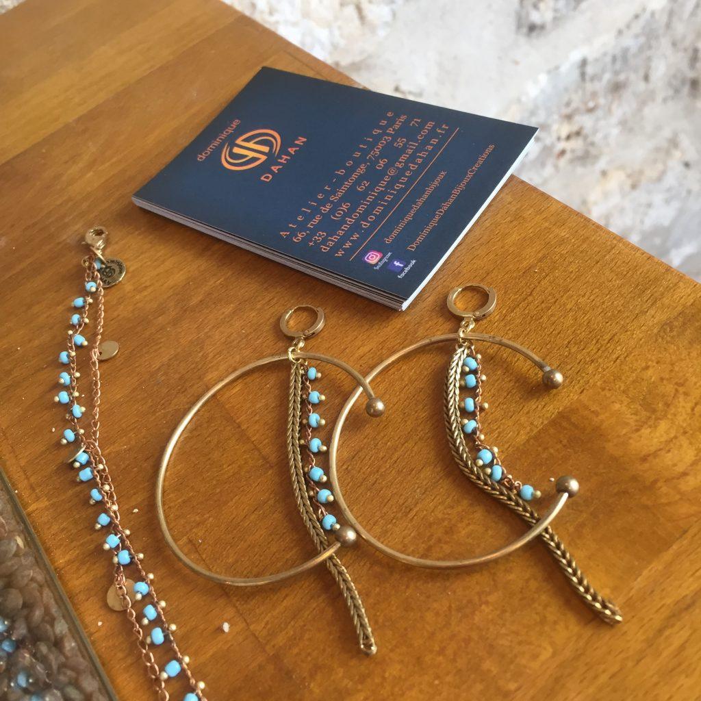 Nouveau coloris turquoise, bracelet PONDICHERY et créoles CHENAÏ laiton et doré et perles en verre de couleur : Fermoir laiton